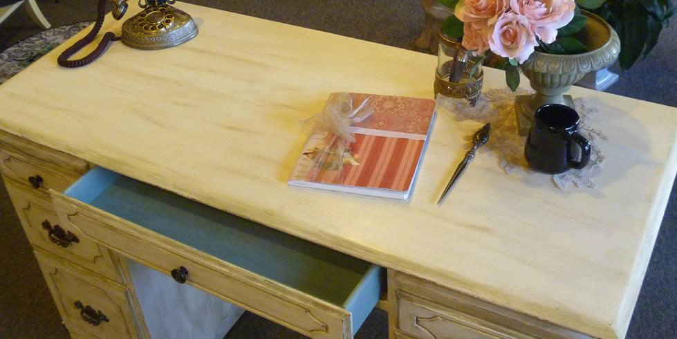 Chalk paint furniture ideas distressed furniture shabby chic furniture