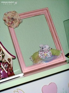 Pink Chalk Painted Frame in Kids Room