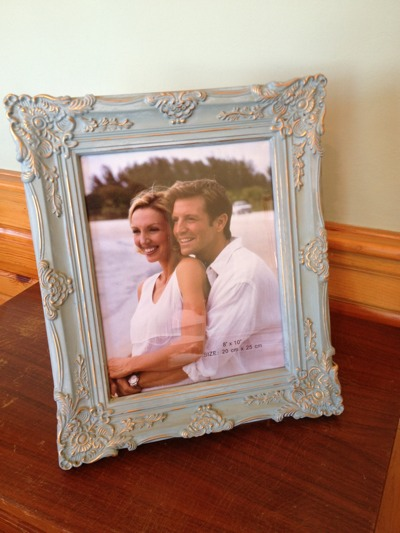 What the picture frame look like chalk painted in duck egg blue.